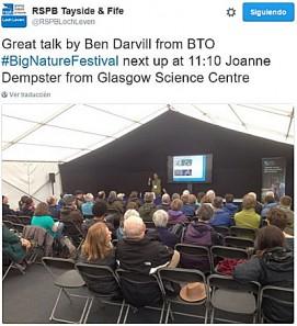 Tweet del RSPB Tayside & Fife hablando de la charla.