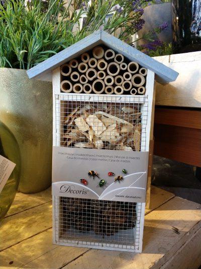 Hay hoteles de insectos hasta en las tiendas de